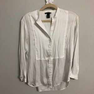 H&M white button down shirt